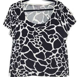 Investments Petite Black & White Pattern Top